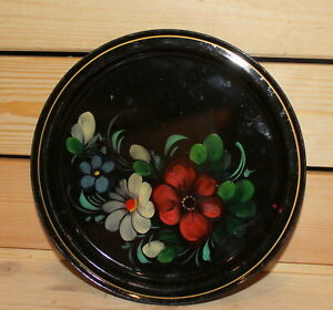 Vintage-hand-painted-floral-metal-tole-dish