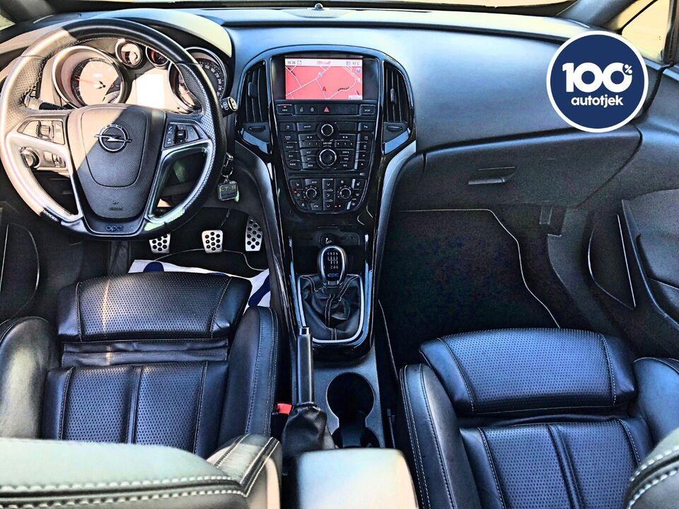 Opel Astra 2,0 OPC GTC Benzin modelår 2013 km 77000