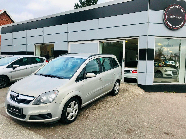 Opel Zafira 1,8 16V 140 Enjoy 5d