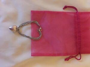 ladies-heart-bracelet