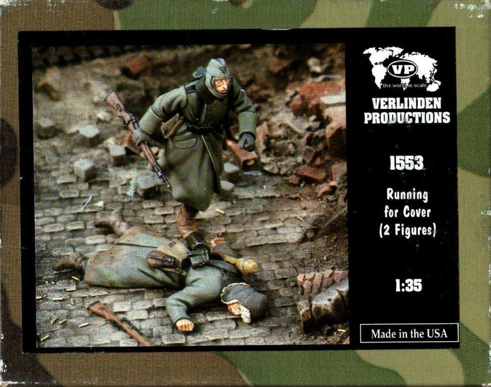 Verlinden Productions 1 35 Running for Cover 2 Resin Figures Kit