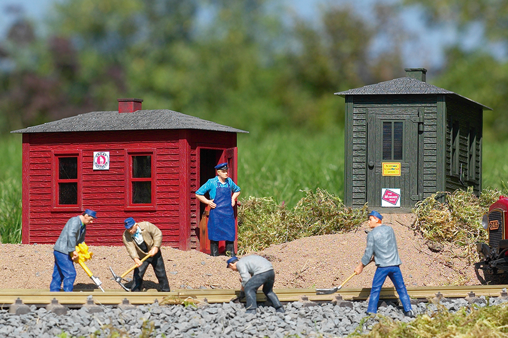 PIKO 62113 UTILITY BUILDINGS, BUILDING KIT (G-SCALE)