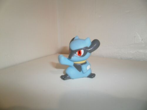 Figure RIOLU Hauteur= 4,3cm Officielle de marque Bandai Figurine POKEMON