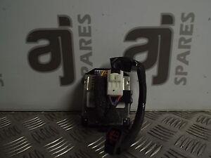 MAZDA-RX8-2004-Lato-Passeggero-Anteriore-AMPLIFICATORE-BOSE-F15266920A