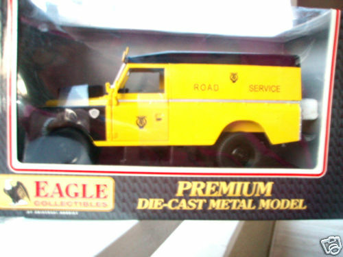 EAGLE COLL LAND ROVER SERIE III 109 HARD TOP RESCUE VAN
