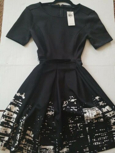 NWT ELIE TAHARI Women/'s Size 2 Black with White FIT /& FLARE DRESS MSRP $195.00