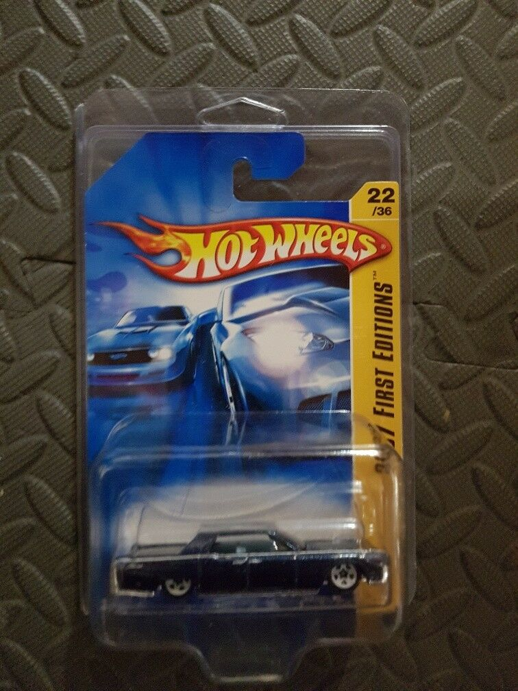 2007 Hot Wheels First Editions 1964 Lincoln Continental White 5 Spoke Variant