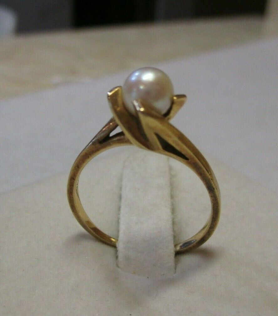 14K Yellow Gold Pearl Solitaire Ring Size 7.5 - image 9