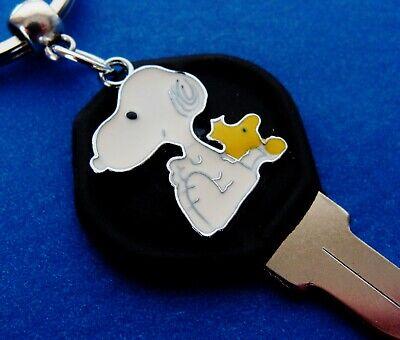 Heart Jewelry Keychain Peanut/'s SNOOPY the Dog Charlie Brown/'s Beagle Dog