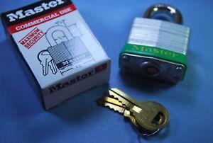 Master-3KDGRN-1-1-2-034-Laminated-Steel-Padlock-w-9-32-034-Shackle