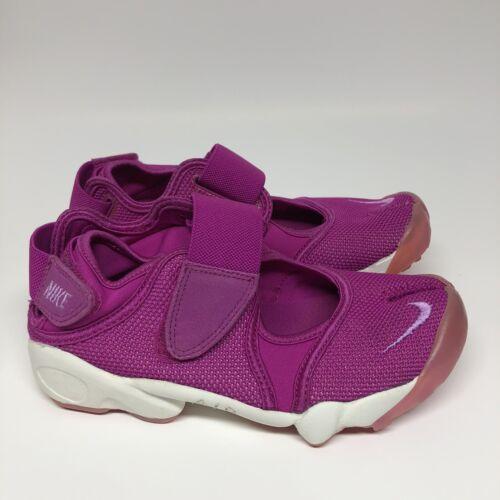 Nike Womens Air Rift Fuchsia Flash Size 5 Running