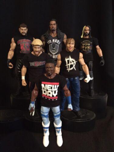 WWE Bundle of 25 Custom shirts pour WWE Mattel figures Toute conception toute couleur.