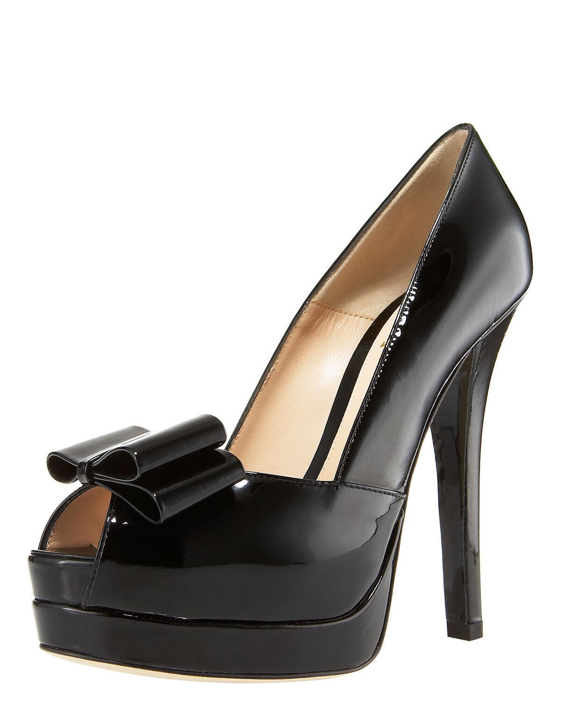 economico e di alta qualità Fendi Fendisto  Deco Bow Trim Trim Trim Pump Platform Patent Leather scarpe Heel 40-9.5  Miglior prezzo