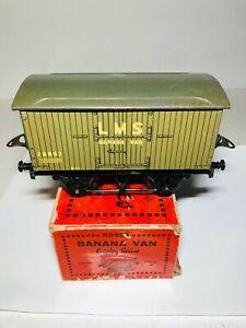 Hornby-Series-banana-van-LMS