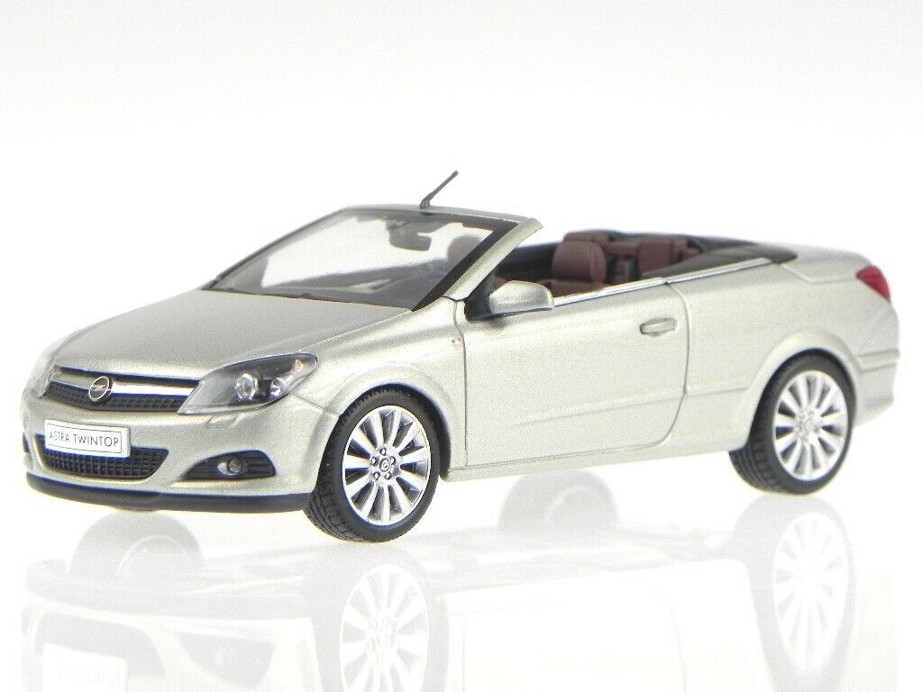 Opel Astra Twin Top silber Modelauto 403045633 Minichamps 1 43