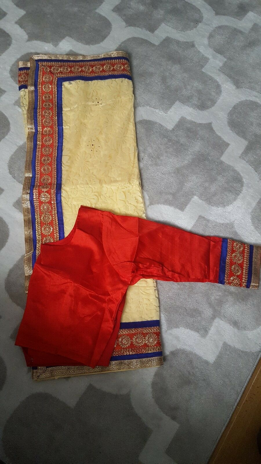 Lace saree with ready made XL blouse