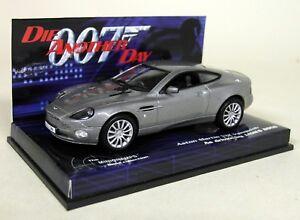 Minichamps-1-43-Scale-Aston-Martin-V12-Vanquish-James-Bond-007-Diecast-Model-Car