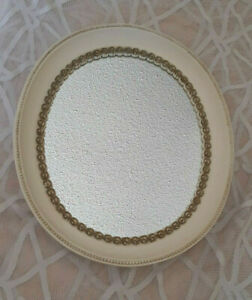 Vintage-Syroco-Wood-Oval-Hanging-Wall-Mirror