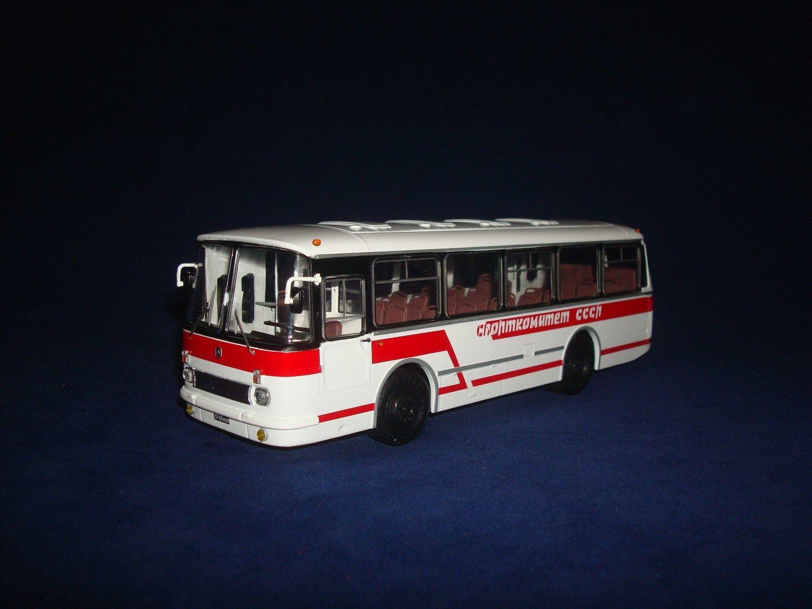 Laz 695R le Comité sportif de l'URSS soviétique Bus 1 43