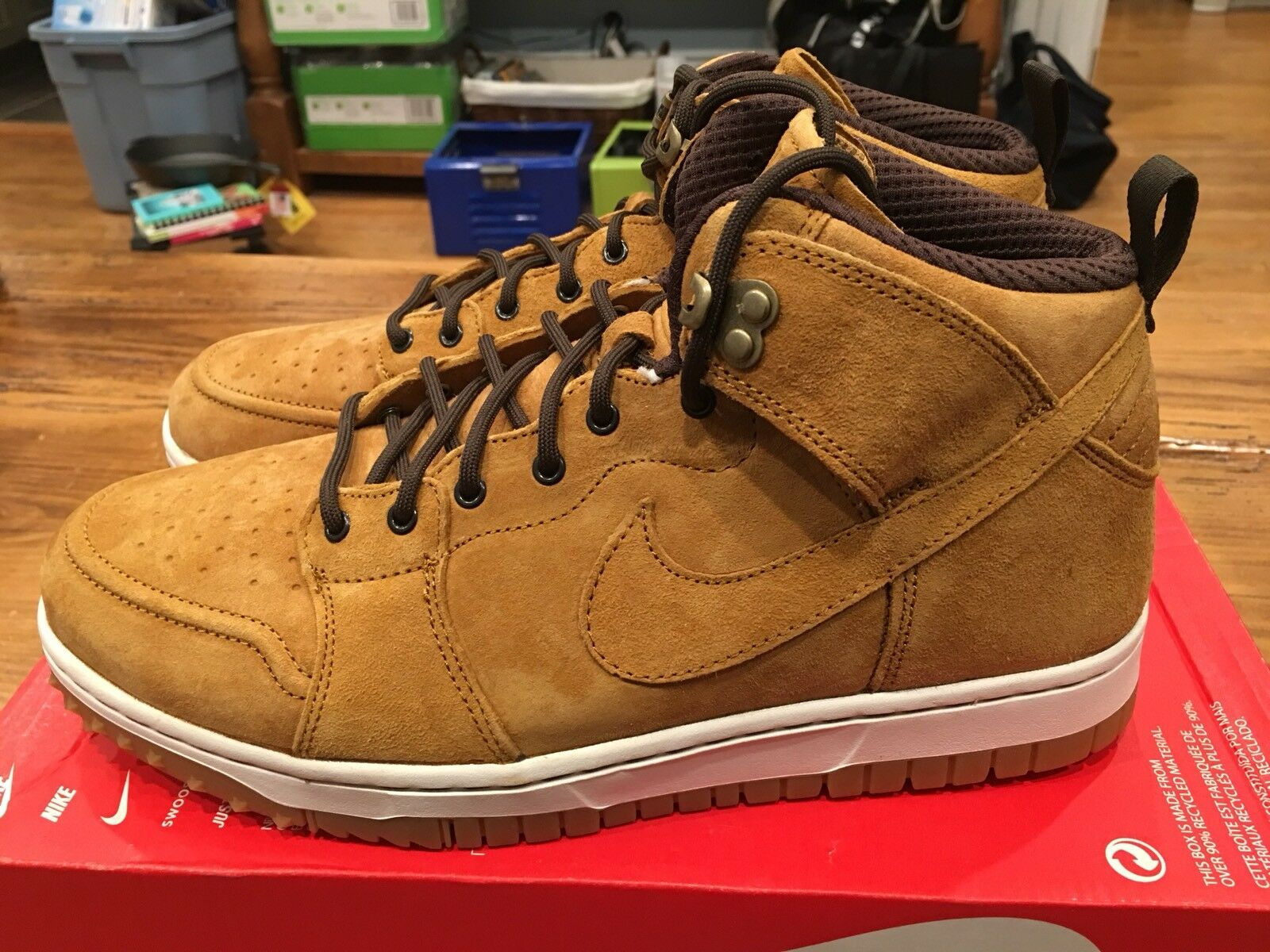 Nike Dunk CMFT WB Mens Sneaker boots - Size 8.5 Wheat Light Brown Color