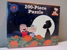 Peanuts Gang Linus, Sally, Snoopy Halloween Puzzle 200 Piece Great Pumpkin New