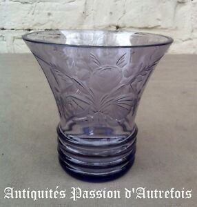 B20171069 - Superbe Petit Vase En Demi-cristal -1930-40 - Très Bon état Non Repassant