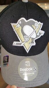 caef29c210d New PITTSBURGH PENGUINS FLEX FIT FITTED HAT CAP CENTER ICE REEBOK ...