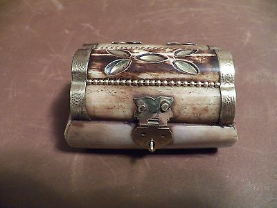 "NEW BURNT B TRINKET BOX W/BRASS  LATCHES & INDIAN AND FELT INSIDE1.5"" X 2.5 X 2"""