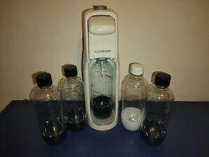 Gasatore SODASTREAM Acqua Frizzante con 5 bottiglie USATO!!!!