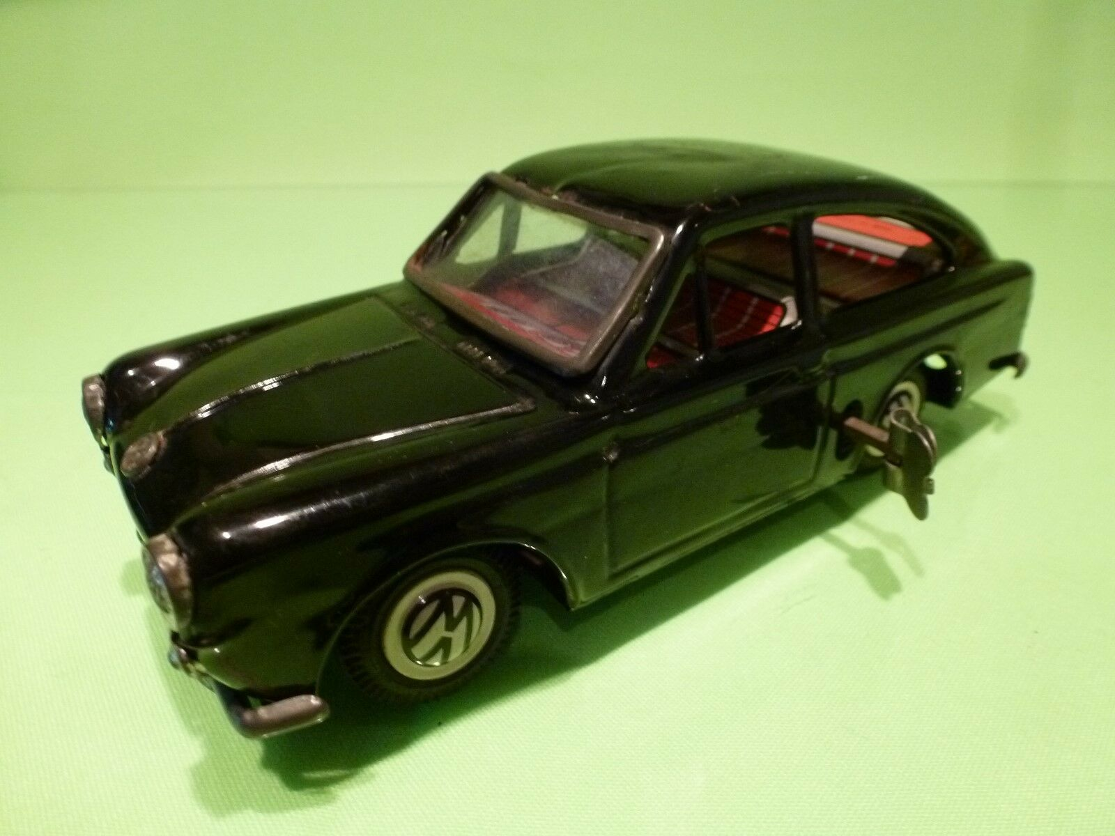 BANDAI  VOLKSWAGEN 1600 TL   TIN TOY BLECH  - EXTREMELY RARE   - GOOD CONDITION