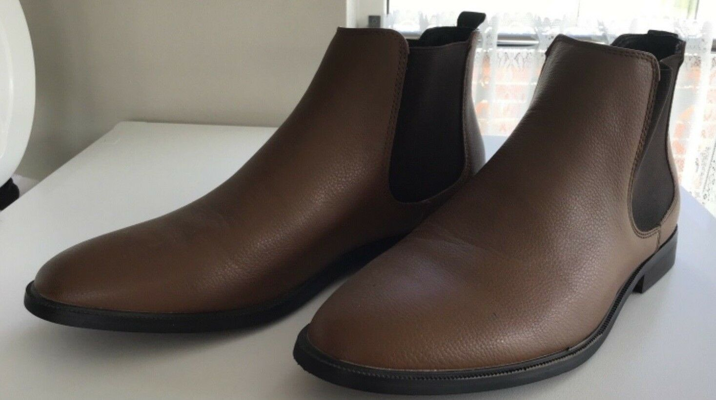 Men's New Look Brown Chelsea Boots Size 10 Only Worn Once
