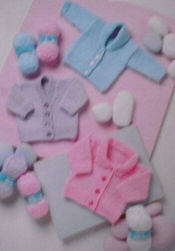 Tejer patrón-fácil Grueso cárdigan de bebé con cuello en V Cuello Chal /& Plana BC11
