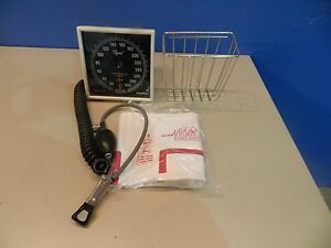 Welch Allyn Wall Mounted Sphygmomanometer With Bulb Cuff
