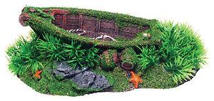 Sunken-Boat-with-Grass-Aquarium-Ornament-Fish-Tank-Decoration