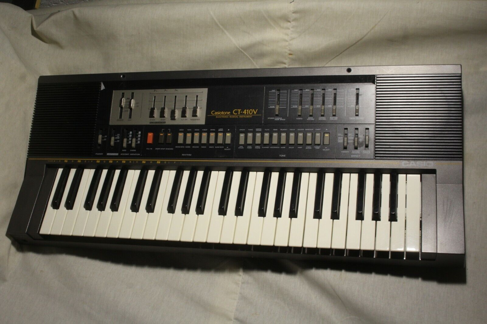 CASIO Casiotone VT 410v Keyboard