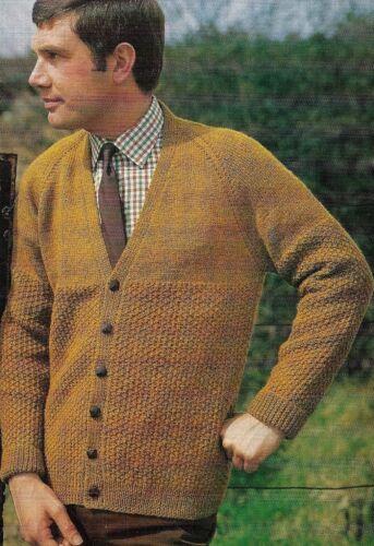 """1733 para Hombre DK Con Textura scardigan 34-44/"""" Vintage Tejer patrón"""