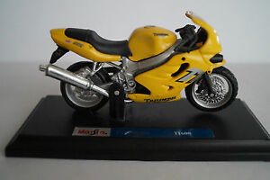 Motorrad-Maisto-1-18-Triumph-TT600