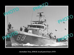 OLD-POSTCARD-SIZE-PHOTO-OF-AUSTRALIAN-NAVY-HMAS-ASSSAIL-PATROL-BOAT-c1970