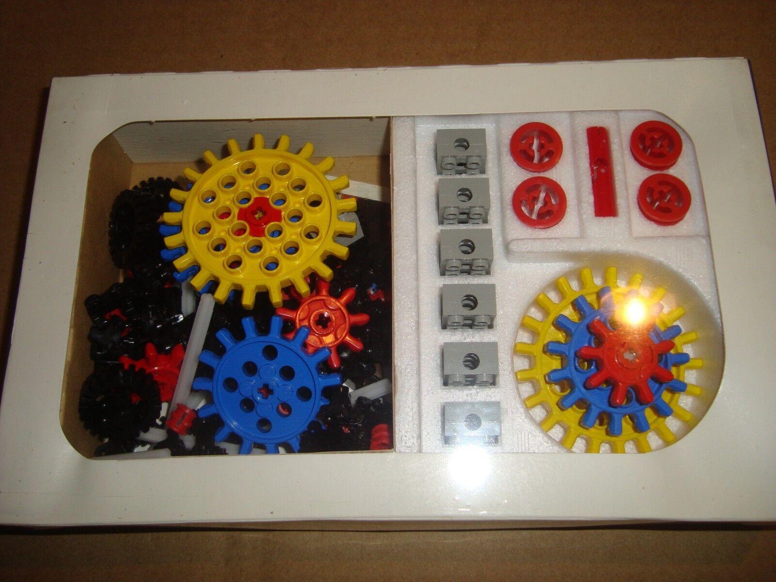 LEGO D 812-1 UNIVERSAL BUILDING BUILDING BUILDING SET GEARS LEGO 1974 59ed22