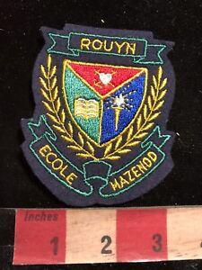 Vtg-ROUYN-ECOLE-MAZENOD-Quebec-Canada-School-Patch-83YC