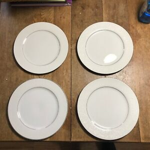 """Set of 4 Crown Victoria Lovelace Fine China 10.25"""" Dinner Plate"""