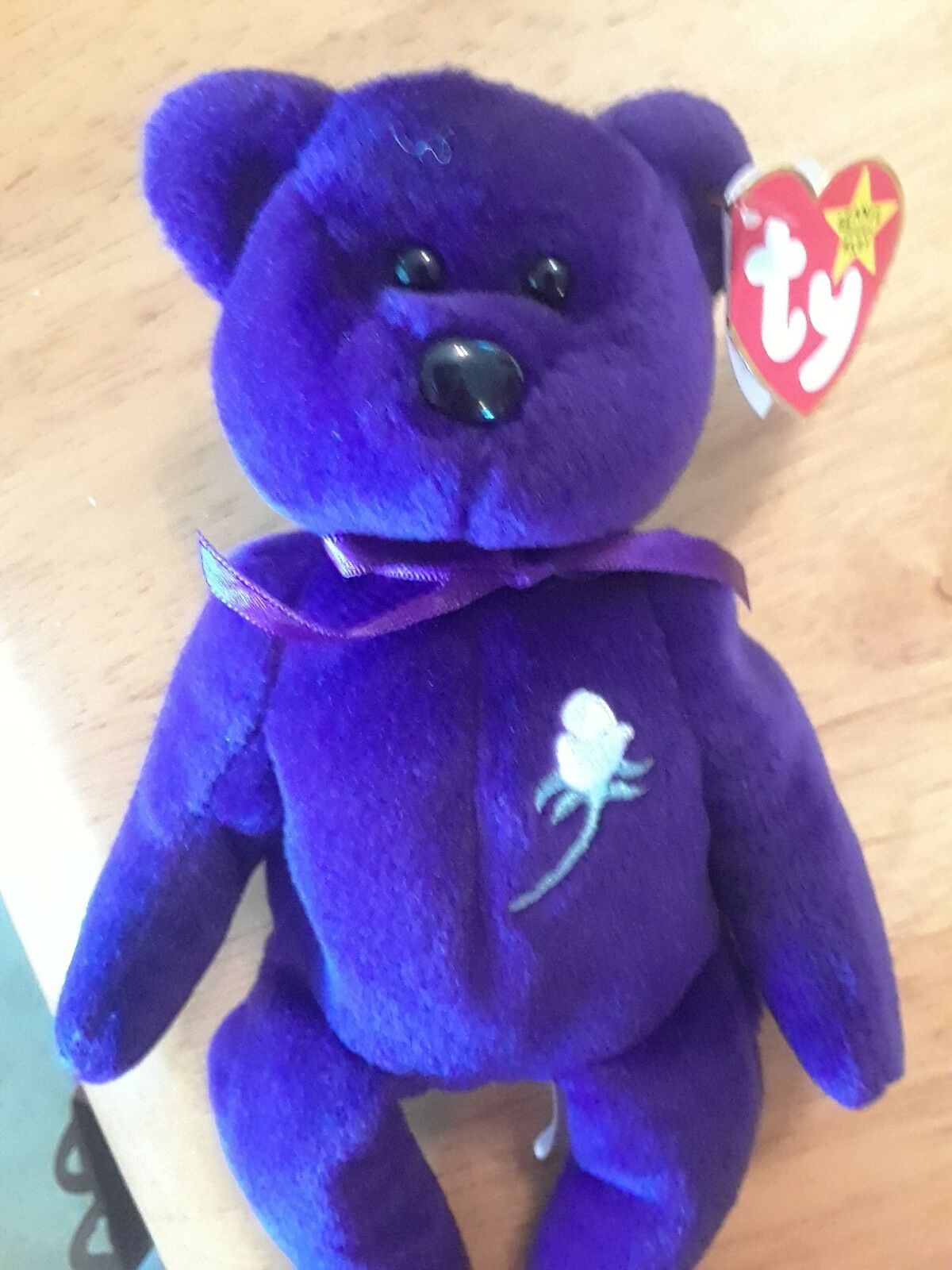 Princess Diana Beanie Bear  SLIGHTLY USED  COMES IN CASE  VERY RARE