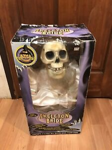 Vintage-GEMMY-1998-Animated-Talking-Sings-Creepy-Songs-3-5-Foot-Skeleton-Bride