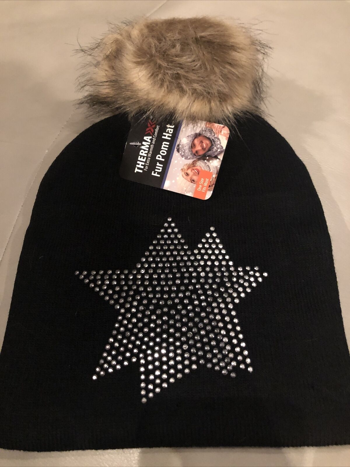 New With Tags Thermaxx Hat With Fur Pom Pom And Bling Black