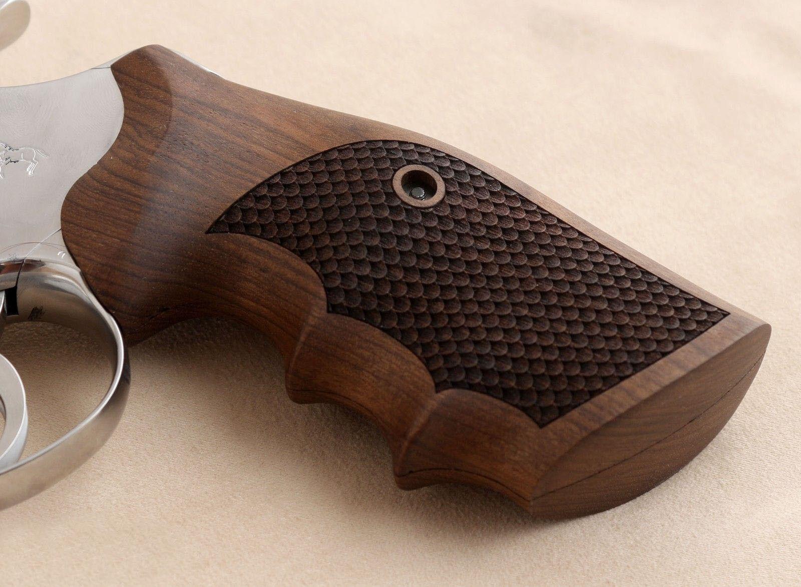 Python Colt & oficial Modelo coincidir con agarre de nogal