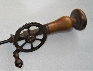 grande-drille-mecanique-19eme-outil-ancien