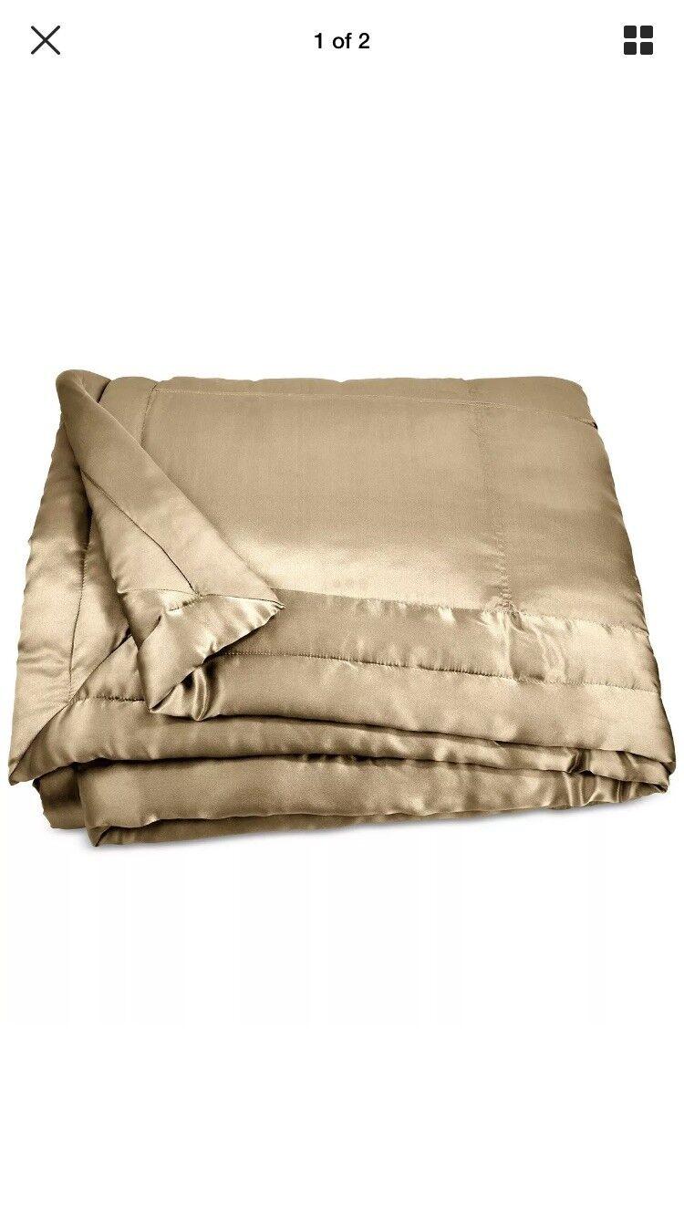 Women Karan Home Reflection Collection Silk QueenQuilt W  Shams, gold Dust NICE