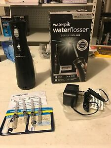 waterpik water flosser wp 462w cordless plus genuine tips immaculate condition ebay. Black Bedroom Furniture Sets. Home Design Ideas