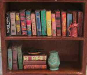 VINTAGE-STYLE-21-Miniature-Books-Dollhouse-1-12-Scale-Fill-Bookshelf-PROP-Book