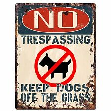 PP2349 NO TRESPASSING KEEP DOGS OFF THE GRASS Plate Chic Sign Home Gate Decor